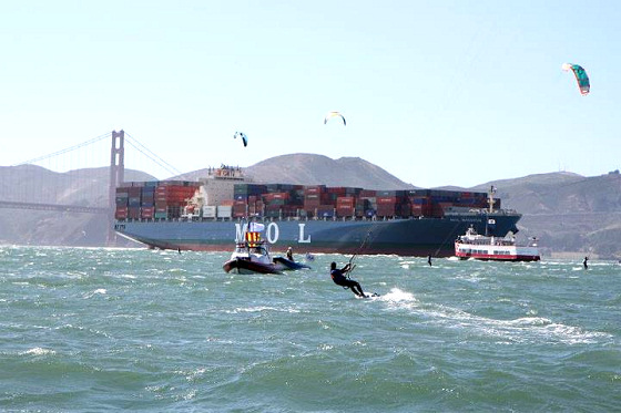 2012 North American Course Racing Championships: watch those kites under the bridge