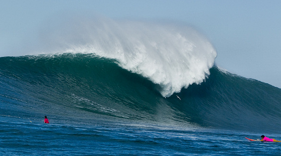 Nelscott Reef Big Wave Classic: no fear | Photo: Richard Hallman