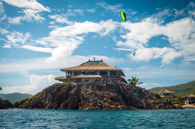 Nick Jacobsen: jumping off Richard Branson's house in Moskito Island | Photo: Owen Buggy