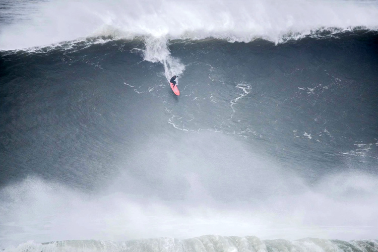Nic Von Rupp: experiencing the ultimate thrill in Nazaré | Photo: EDP Mar Sem Fim