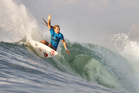 Nikki Van Dijk: she has seen a shark