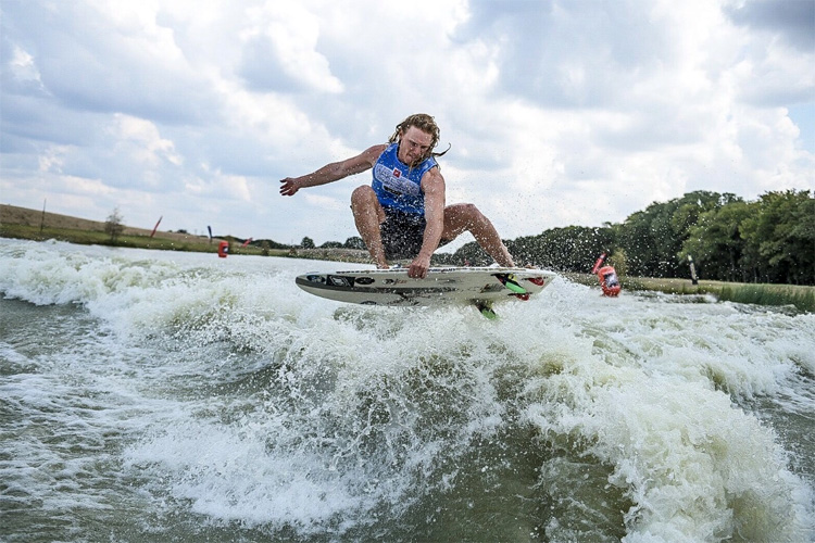 Noah Flegel: your 2019 USA national wakesurfing champion | Photo: WWA