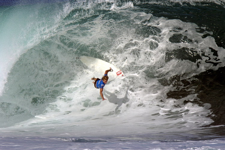 Nosediving: it happens to every surfer and always results in wipeouts | Photo: Shutterstock