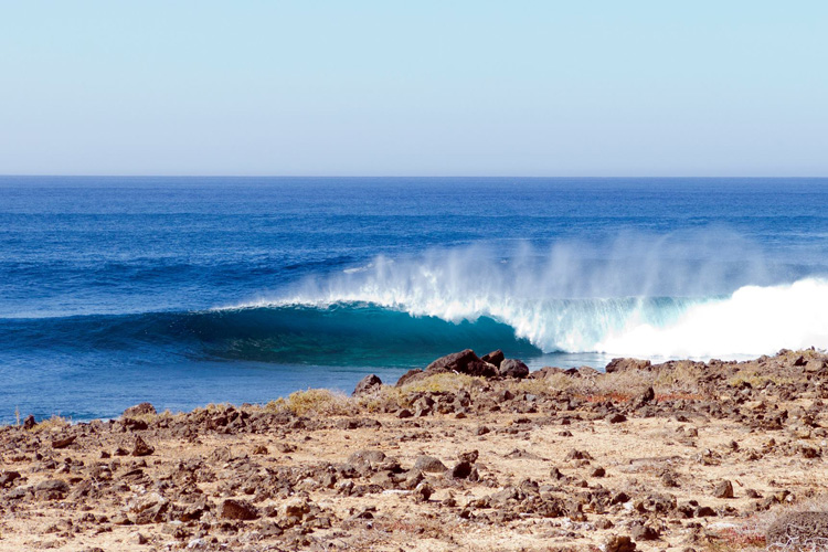 Canary Islands: perfect slabs for advanced bodyboarders | Photo: Hugo Garcia