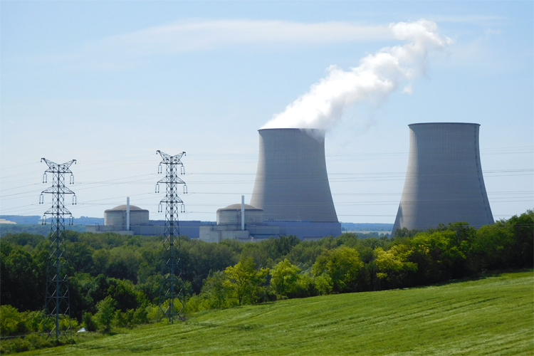 Nuclear power plant: estimated to release 29 tonnes of CO2 per gigawatt-hour | Photo: Creative Commons