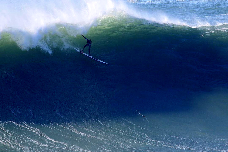 Ollie Dousset: the amputee surfer who challenged Nazaré