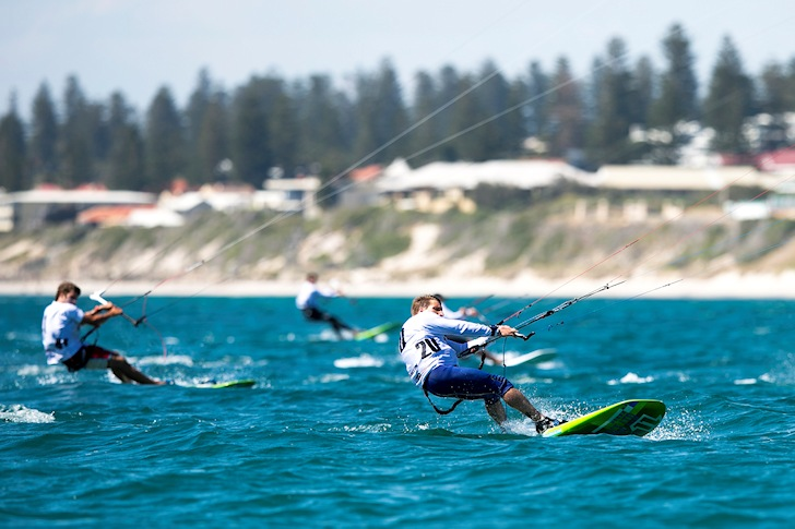 Kiteboarding: sailing for the Tokyo 2020 Olympics | Photo: IKA/Travis Hayto