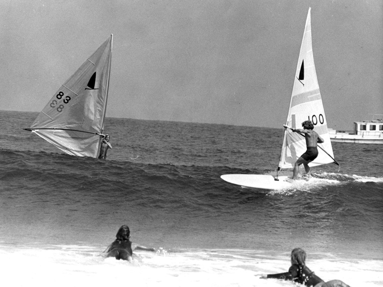 The invention of windsurfing in 22 minutes and 35 seconds