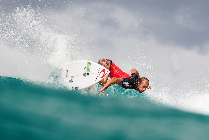 Owen Wright: back to the water angles | Photo: ASP/  Kelly Cestari