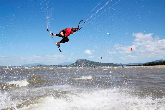 Pallarenda Beach: kiteboarding is not a crime | Photo: Loop Kiteboarding
