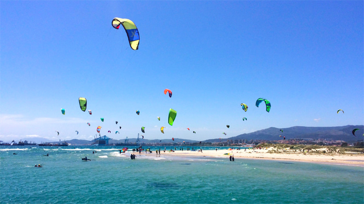 Palmones: a great kitesurfing spot near Tarifa |  Photo: Creative Commons