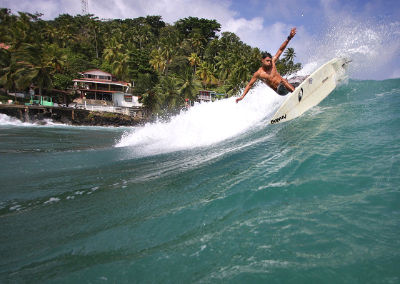 Surfing in Panama: Isla Grande dreams | Photo: Fidel Ponce