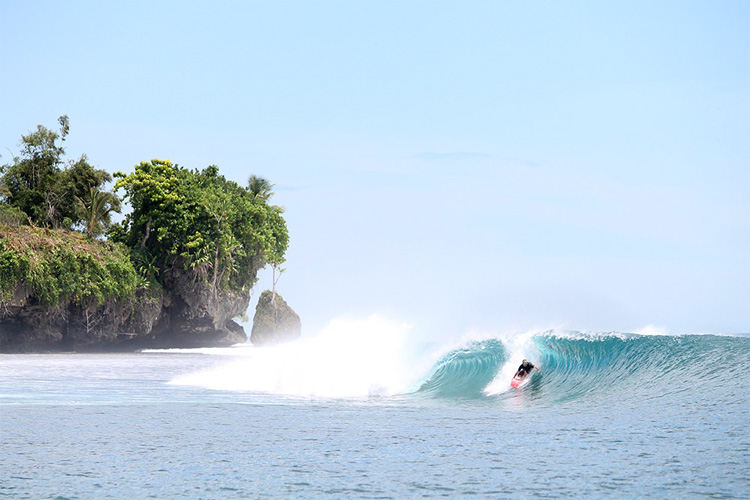 Papua New Guinea: one of the best affordable surf destinations in the world | Photo: PNG Surfaris