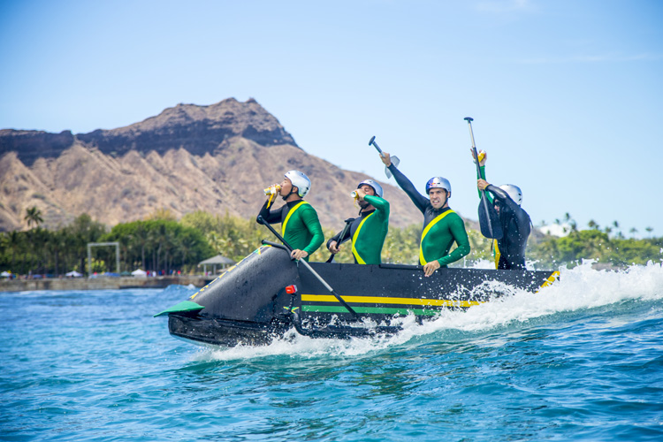 Jamaican Bobsled Team: nice craft, guys | Photo: Noyle/Red Bull