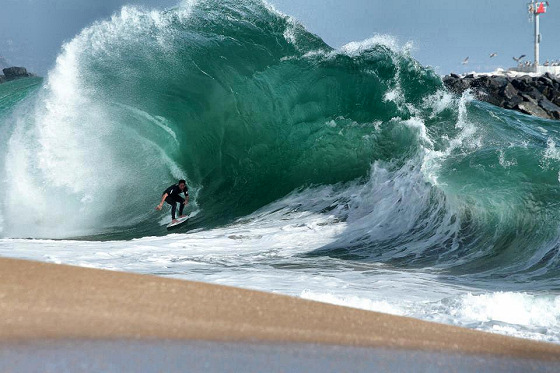 Paulo Prietto: skimboarding hell moment at The Wedge