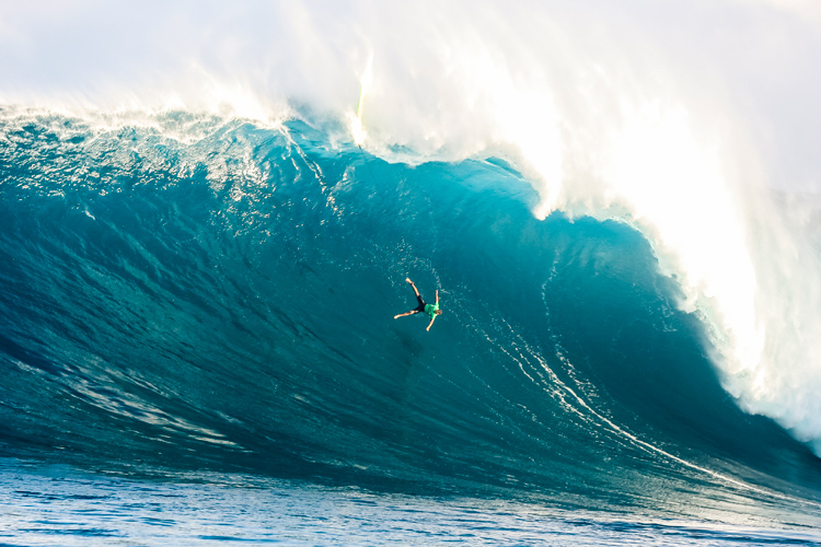 2019 Jaws Big Wave Championships: Jamie Mitchell was one of the athletes who suffered wipeouts like this | Photo: WSL