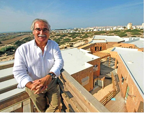 High Performance Surfing Center: the mayor of Peniche is a big surf supporter | Photo: DesportoLeiria