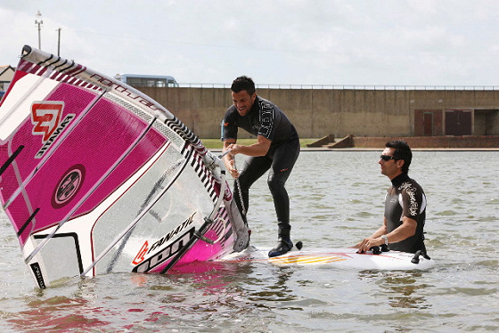 Peter Andre learns to windsurf