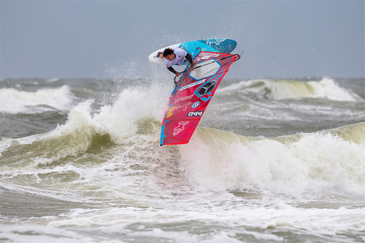 Philip Köster: he won his fourth PWA Wave World Tour title in Sylt | Photo: Carter/PWA