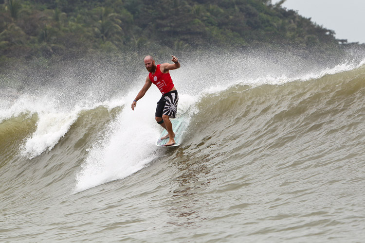 Phil Rajzman: the 2016 Men's Longboard Tour champion | Photo: WSL