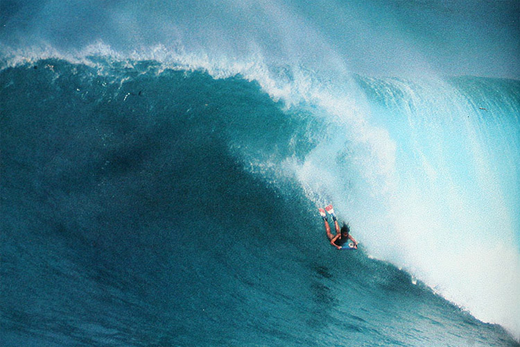Phyllis Dameron: the fearless bodyboarder that ruled the 1970s in Hawaii