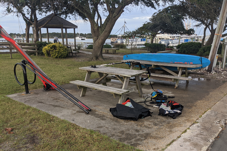 Henry C. Chambers Waterfront Park: packing at Beaufort | Photo: Vandenberg