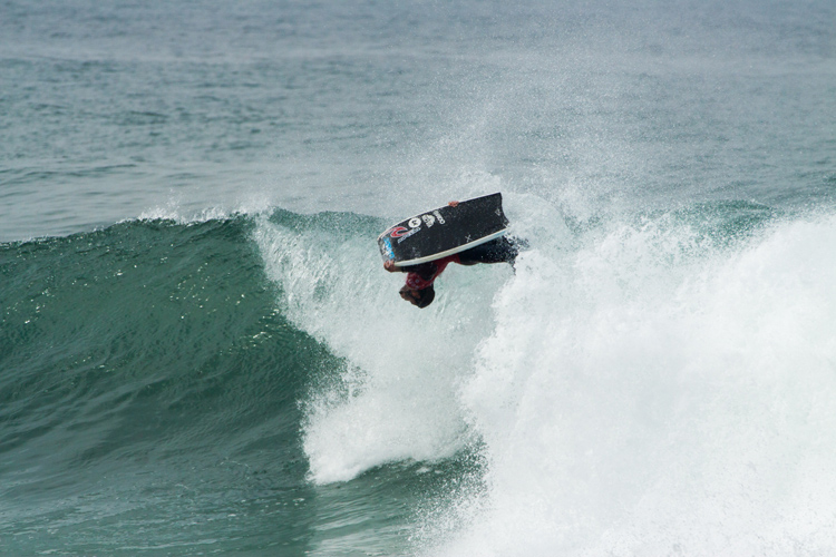 Pierre-Louis Costes: doing his trademark backflips | Photo: Sintra Portugal Pro