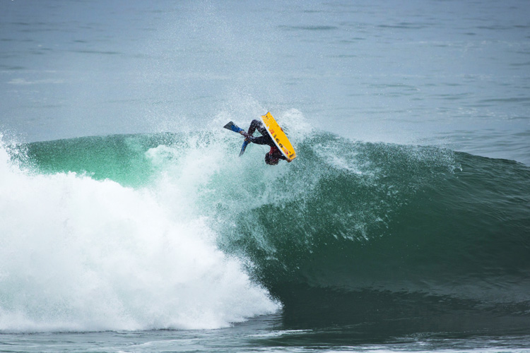 Pierre-Louis Costes: his backflips are lethal | Photo: Tabone/APB