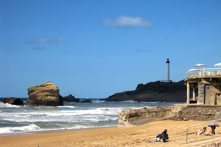 Biarritz, France: tasty croissants and consistent surf