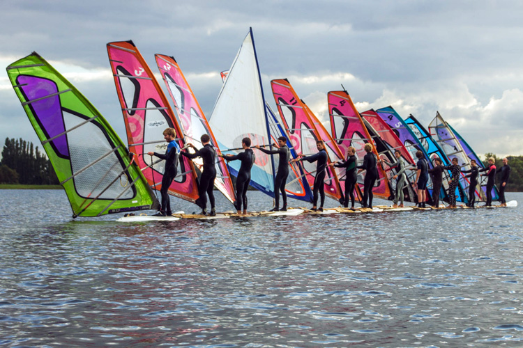 Plankenkoorts Student Windsurf Association: 14 windsurfers for the Guinness World Records | Photo: SWV Plankenkoorts