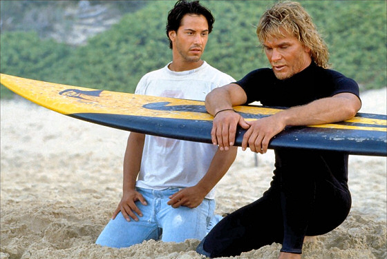 Point Break: Keanu Reeves and Patrick Swayze discuss surfboard shapes