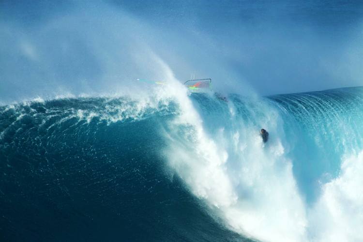 Jason Polakow: going over the falls at Jaws | Photo: JP
