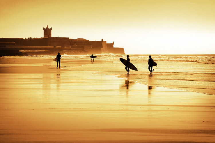 Portugal: one of the best affordable surf destinations in the world | Photo: Shutterstock
