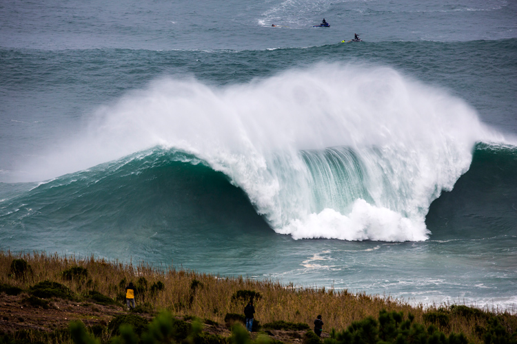 WSL debuts new competitive big wave surfing format in Nazaré