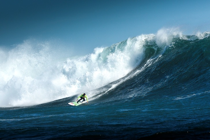 Big wave surfers ready for large South American swell