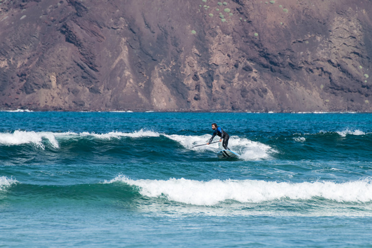 Punta Elena: a reef break with several peaks