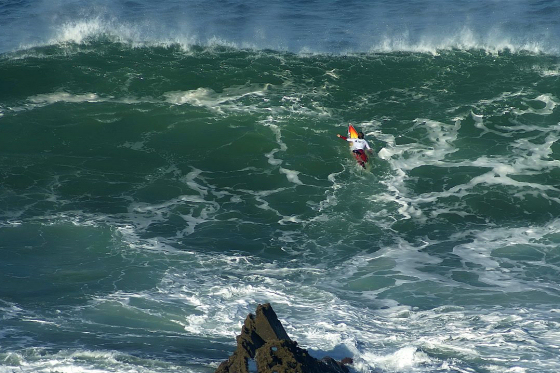 Punta Galea: big wave peak in the Basque Country
