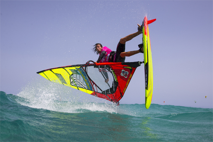 PWA Freestyle World Tour: man-on-man heats are the ultimate goal | Photo: Carter/PWA