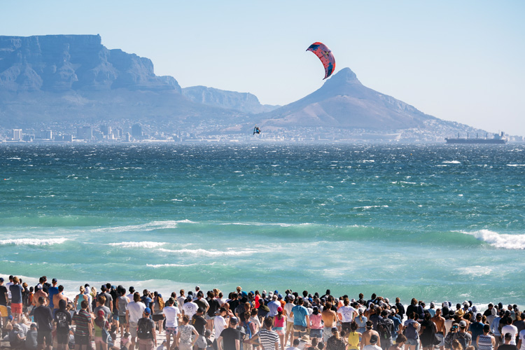 Red Bull King of the Air: the most prestigious big air kiteboarding contest in the world | Photo: Van der Heide /Red Bull
