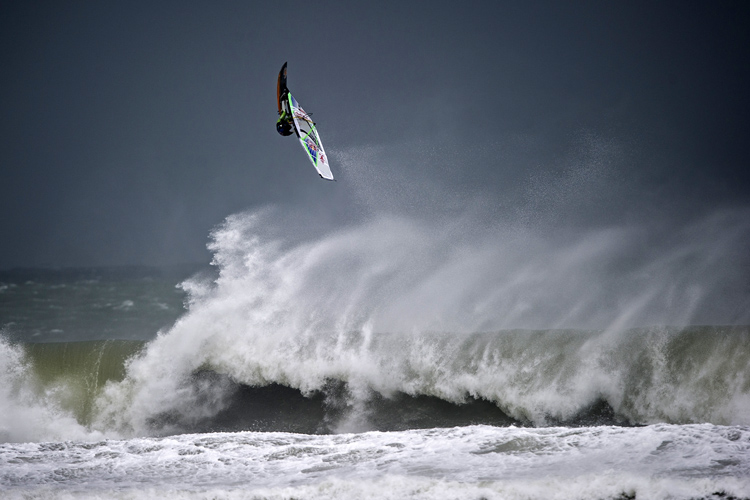 Red Bull Storm Chase: the toughest wave sailing competition in the world | Photo: Red Bull