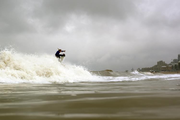 Remi Petersen: a Benelux surfing star | Photo: Rekkab/SurfBenelux