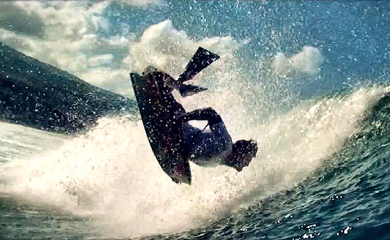 Nissan Reunion Bodyboard Pro: exotic spot, splendid waves