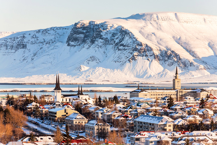 Reykjavik: the capital city of Iceland has the longest and shortest days | Photo: Shutterstock