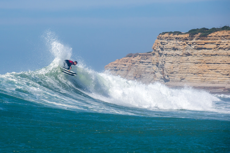 Ribeira d'Illhas: a surf break for all surfing levels    Photo: Red Bull