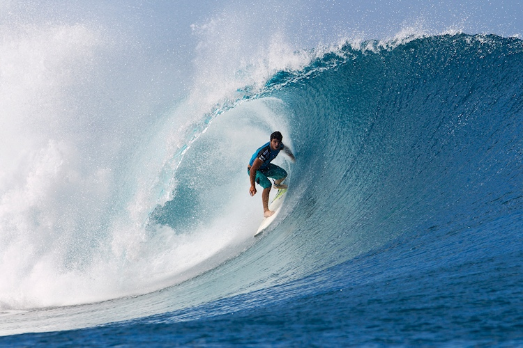 Ricardo dos Santos: barreled at Tahiti | Photo: ASP/Kirstin