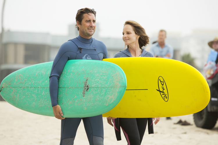 Ride: Luke Wilson and Helen Hunt hit Venice Beach