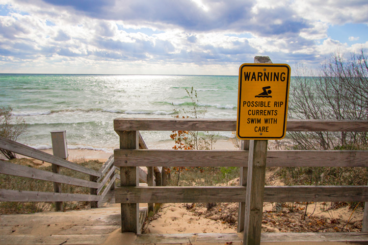 Beach: rip currents can put you in uncomfortable situations | Photo: Shutterstock