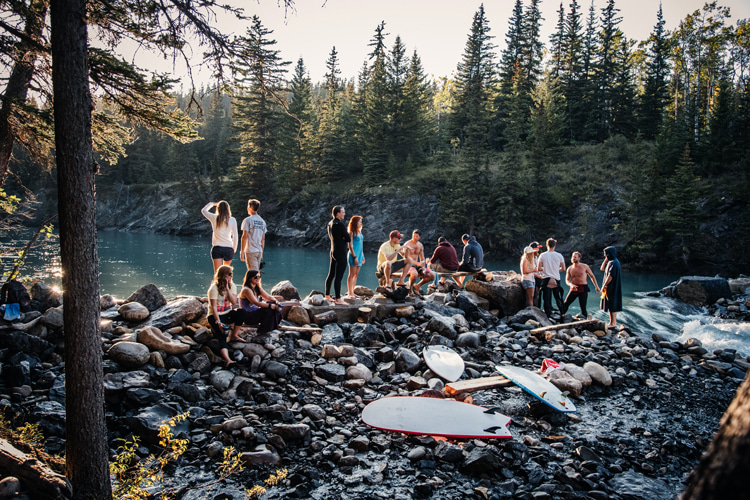 River surfing: Canada has a strong community of river surfers | Photo: Bishop