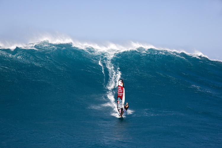 Robby Naish: windsurfing legend and kiteboarding pioneer | Photo: Red Bull