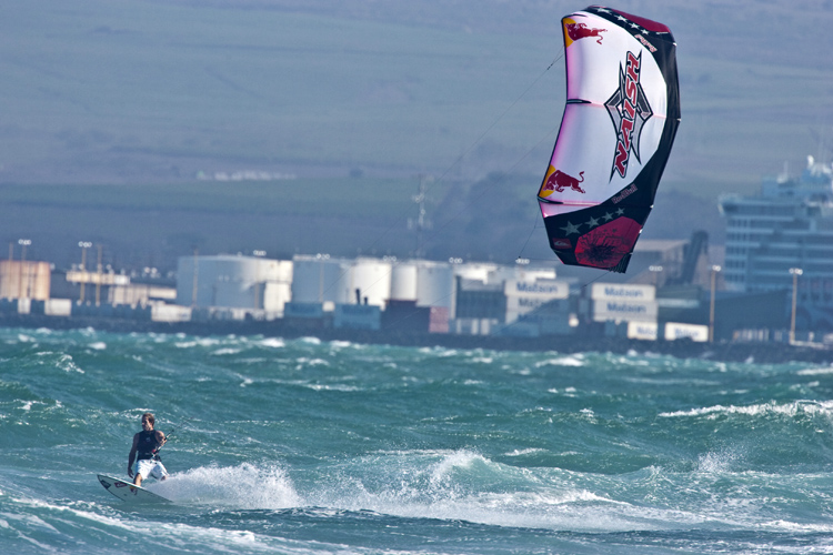 Robby Naish: one of the pioneers of kitesurfing | Photo: Red Bull